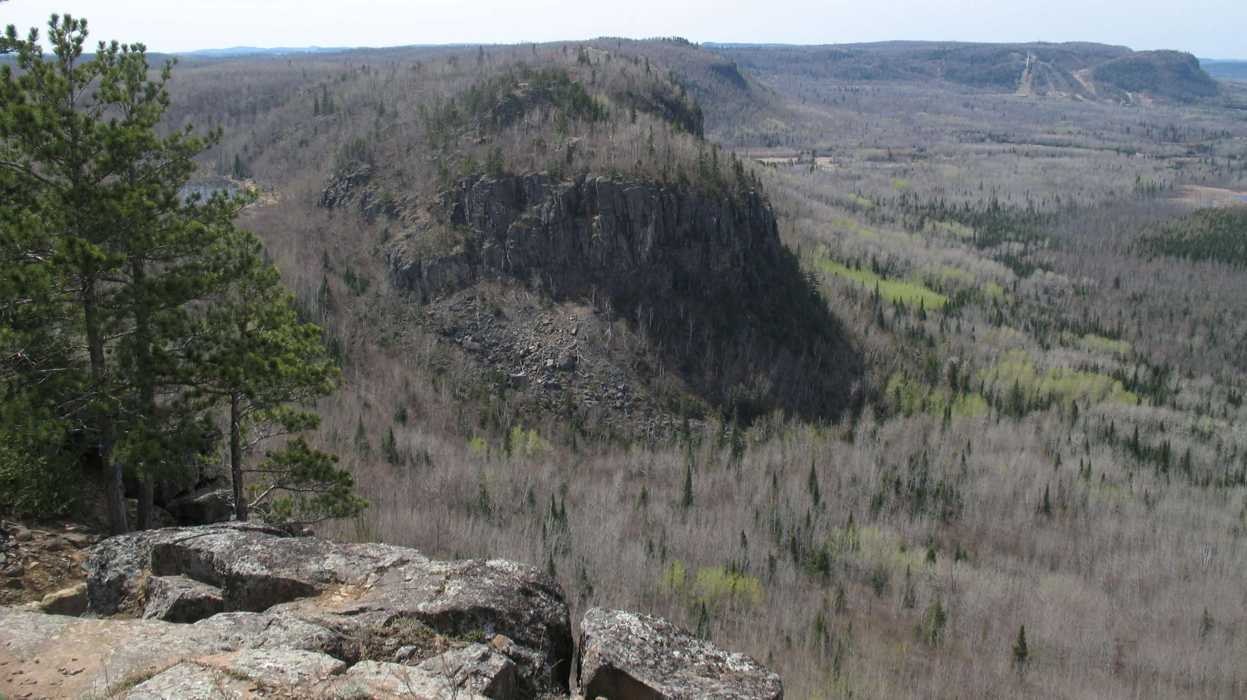 Fox Lookout Superior Hiking