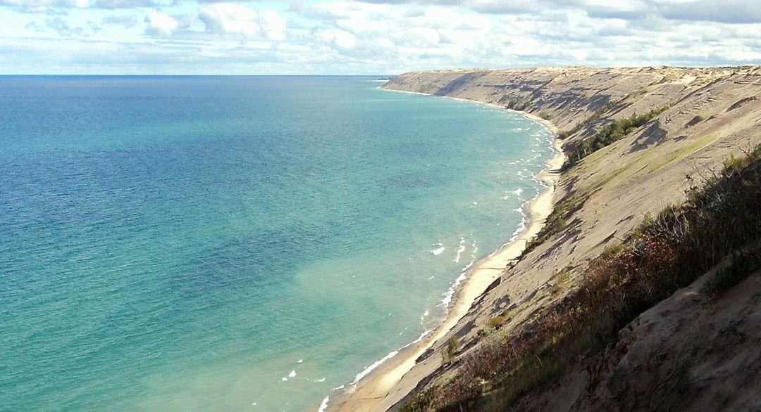 grand sable dunes trail michigan