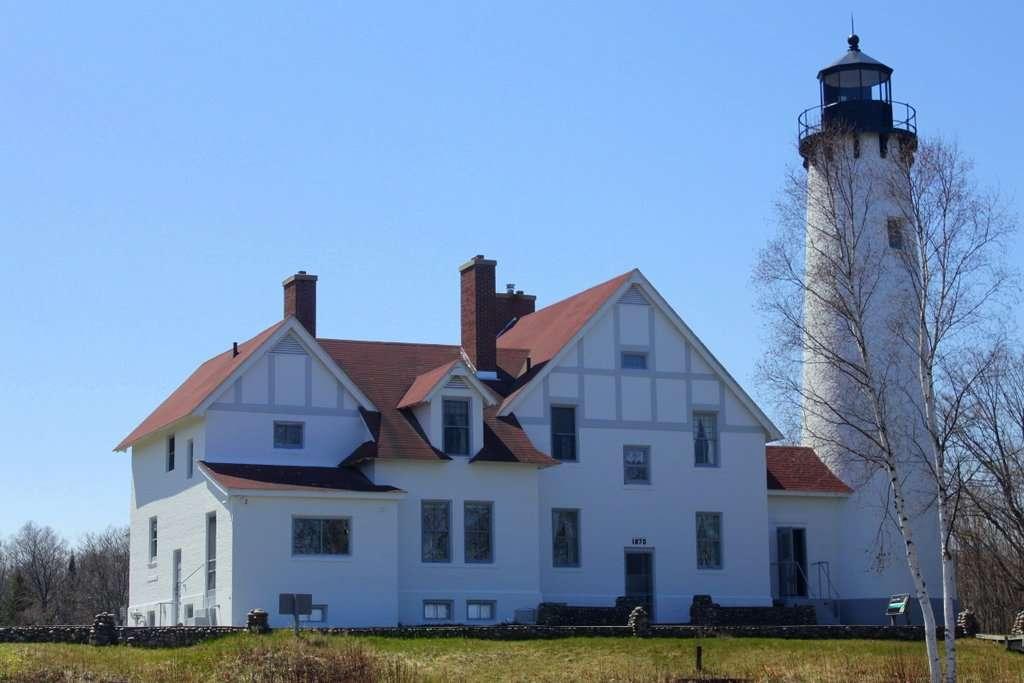 Point Iroquois Light Station
